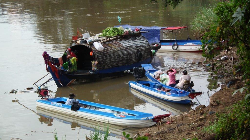 le Mékong, le Tonlé Sap, et le Bassac.