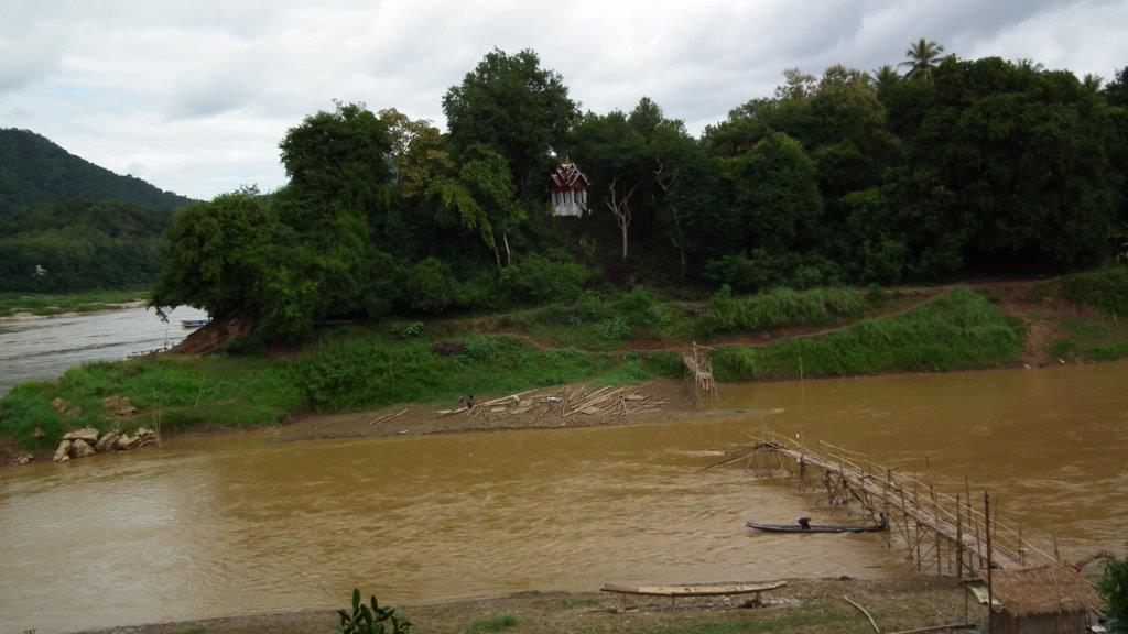 Pont sur la Nam Khan